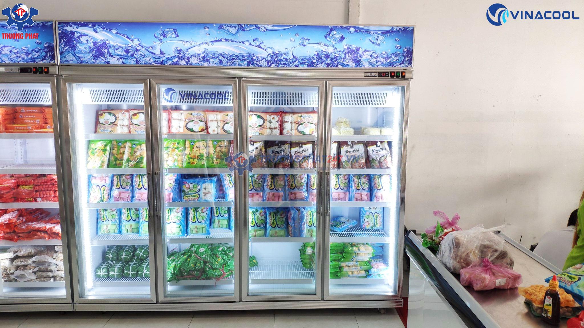 tủ đông đứng 4 cánh kính