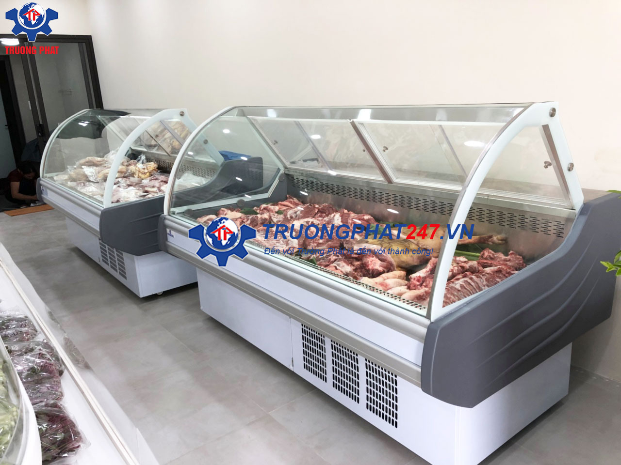 tủ trưng bày thịt tươi màu trắng